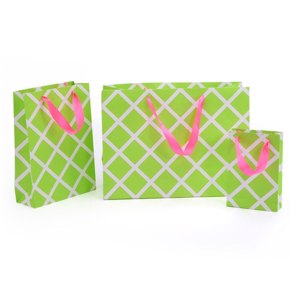 Green Lattice Gift Bag- Set Of 3 - Magnolia Design