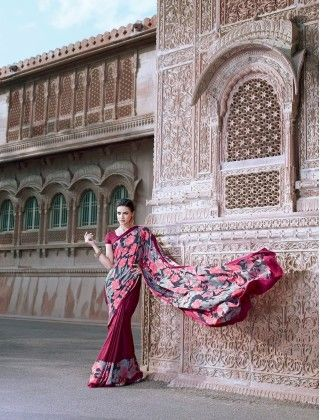 Elegant Rose Printed Saree - Fashion Fiesta
