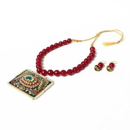 Stylish Side Kundan Pendant Necklace With Earings - Latitude - The Design Studio