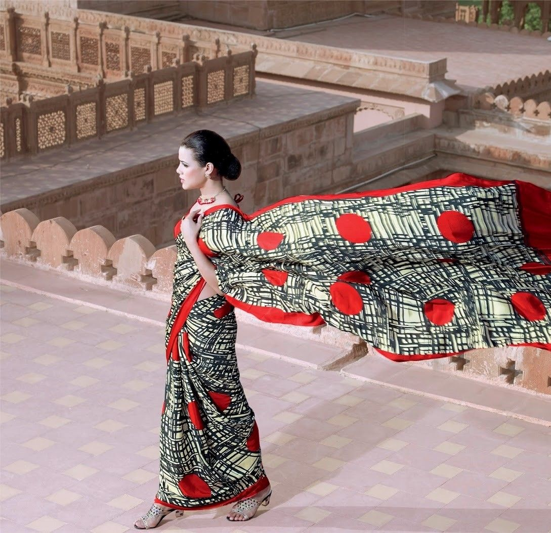 Vintage Red Printed Saree - Fashion Fiesta