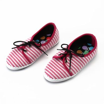 Shos With Thin Stripe And Lace-fushia - Gift Shoes