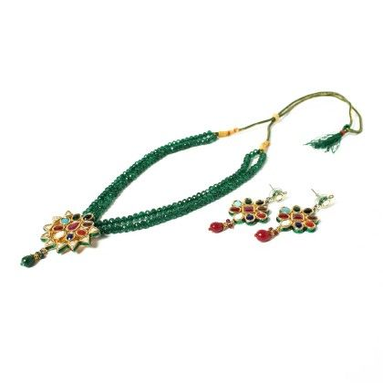 Tradtional Pendant With Ear Rings Green - Latitude - The Design Studio