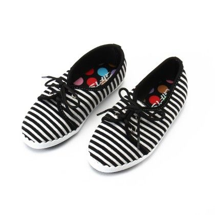 Shos With Thin Stripe And Lace-black - Gift Shoes