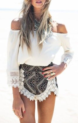 White Off The Shoulder Lace Loose Blouse - She In