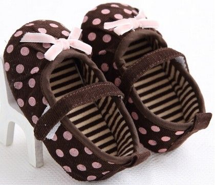 Pretty Pink Lace And Polka Dot Shoes In Brown - Peach Giirl