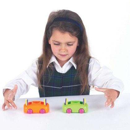 Push-pull Cars & Magnet Set - Commotion Distribution
