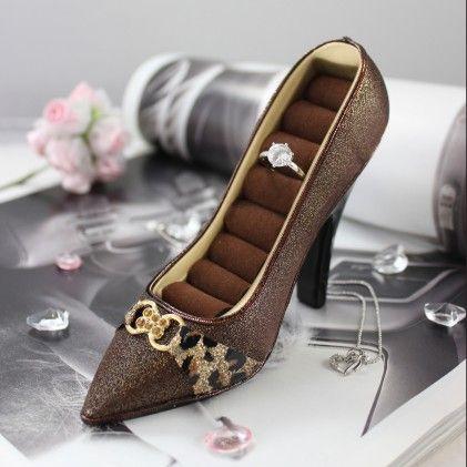 Luxurious Leopard Shoe Ring Holder Brown - Jacki Design