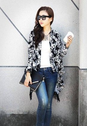 White And Black Printed Shrug - Glaze