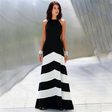 Wave It Black Long Dress - Oomph