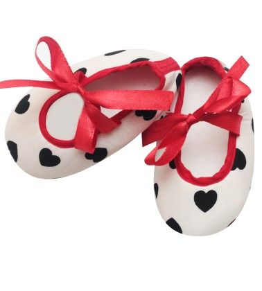 Chic And Classy Heart Shoes For Baby Girls - D'chica