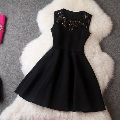Elegant Mini Black Dress - STUPA FASHION