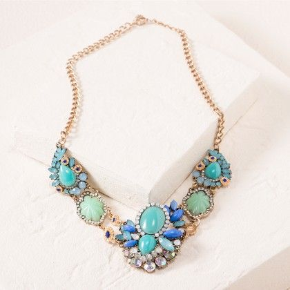 Blue Floral Necklace - Dell's World