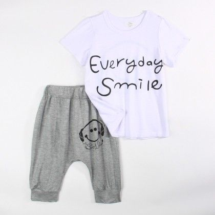 Everyday Smile T-shirt And 3/4th Pant Set - Gray - Xia