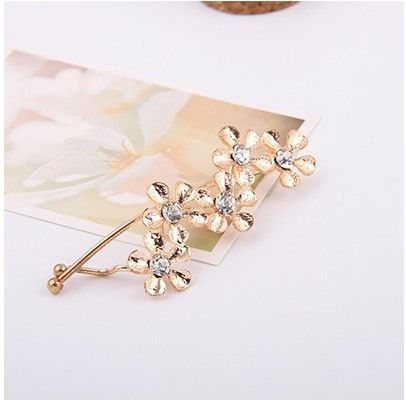 Five Flower With Stone Wave Clip Gold - Flaunt Chic