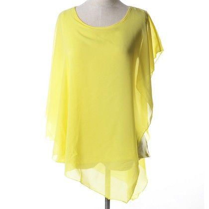 Yellow Batwing Flair Top - Dell's World