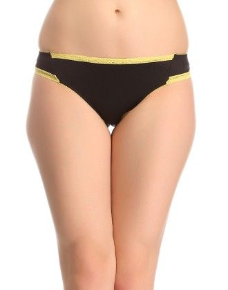 Clovia Panty In Black