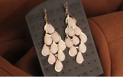 Pearl Drop Drop Earrings - The Purple Present