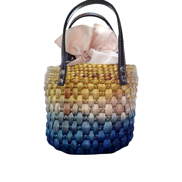 Pleasing Round Hand Bag With Organza Cloth Bean Bag Attached Lime Blue Dailytribune Chair Design For Home Dailytribuneorg