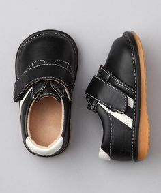 Sporty Black And White Striped Squeaky Shoes - Laniecakes