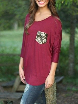 Burgundy Round Neck Sequined Pocket T-shirt - She In