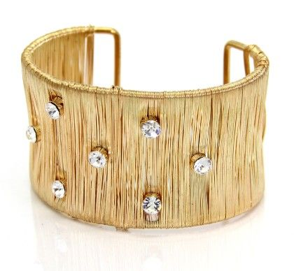Eternz Designer Collection Gold Plated Cuff With Vertical Wire And Stone Work For Women