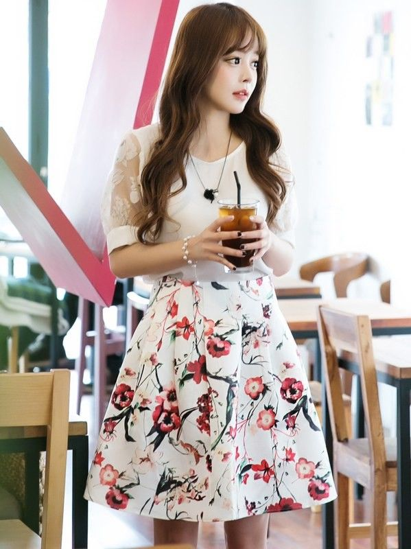 Beautiful Flower Prints On White Dress - Mauve Collection