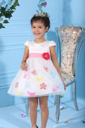 Cute Floral Applique White Dress - Gold Bean