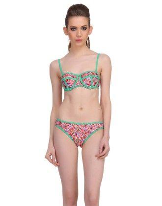 Clovia 2 Piece Polyamide Swimsuit Of Balconette Bra & V-shaped Bikini In Light Green