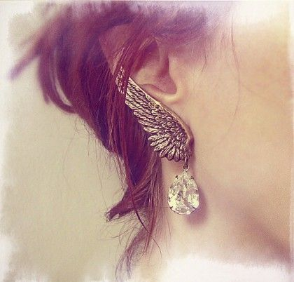 Wings Clip Earring - The Purple Present