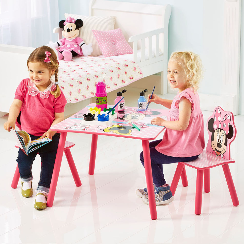 Buy Minnie Mouse Table And 2 Chairs Set Online 5999 Hopscotch