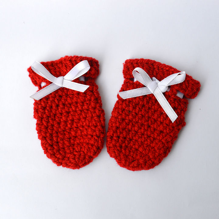 Crochet Baby Mittens For Newborn Infant Baby - Red
