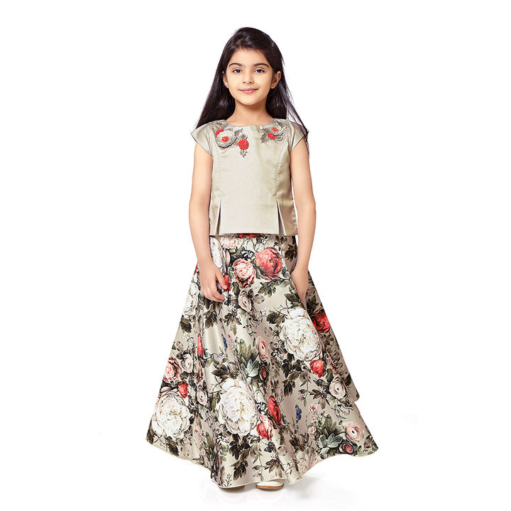 90eb17e307 Buy Stylish Top with Flowers Printed Long Skirt - Gray online @ ₹2450 |  Hopscotch