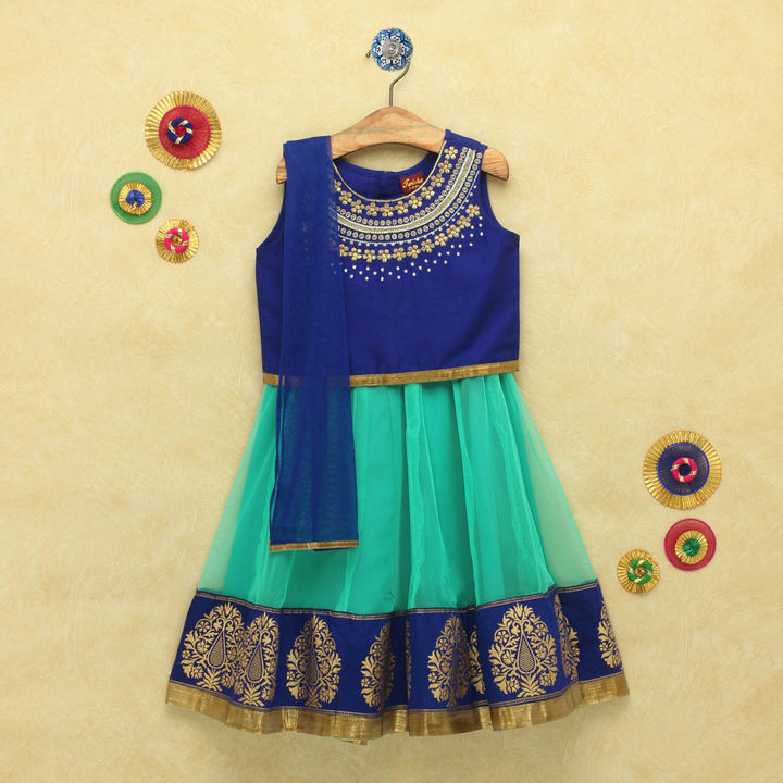 d0a07d59afaa03 Hopscotch - TWISHA - Embroidered Blouse With Gold Print Border Designer  Lehenga And Dupatta-Blue