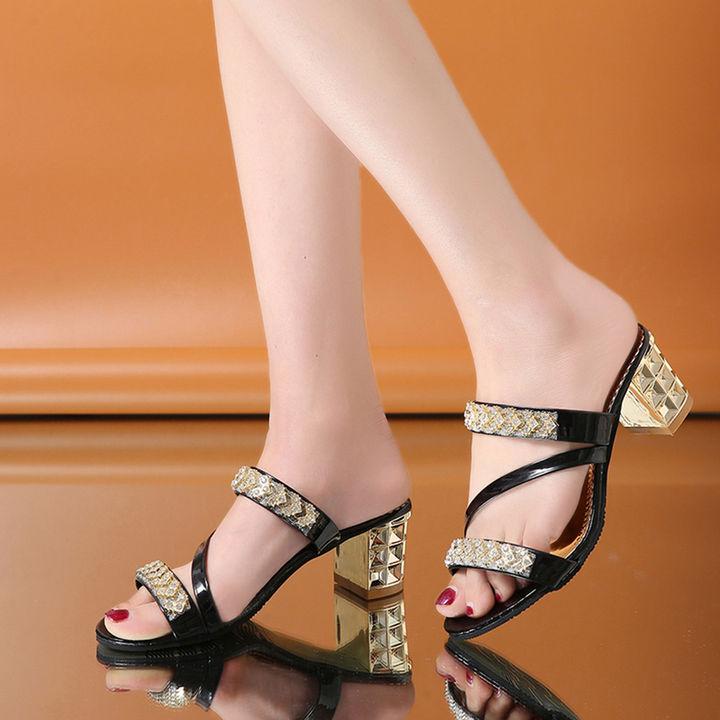 09c32ab8f Hopscotch - Vogue lady - Women Black Diamond Studded Block Heel Sandals