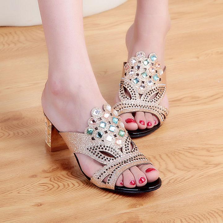 60436d750 Hopscotch - Vogue lady - Women Gold Studded Block Heel Sandals