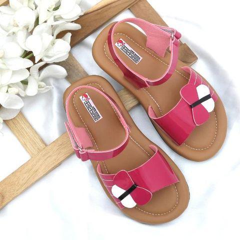 8d18817ad4cd Fuschia Pretty Chic Sandals For Girls
