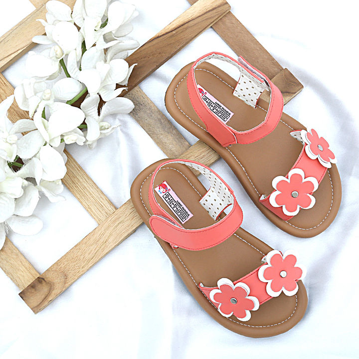 9485415d2ef8 Hopscotch - Dchica - Coral The Prettiest Little Sandals For Girls