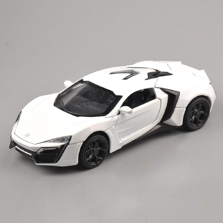 1:32 Die Cast Metal Fast and Furious Pull Back Sports Car Toys with Light  and Sound Effects