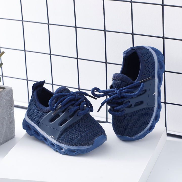 brand new 7fffe a53d3 Navy Classic Lace LED Sneaker